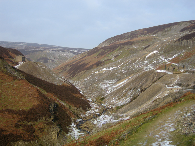 Gunnerside Gill, approaching Bunting mine (buildings on right)