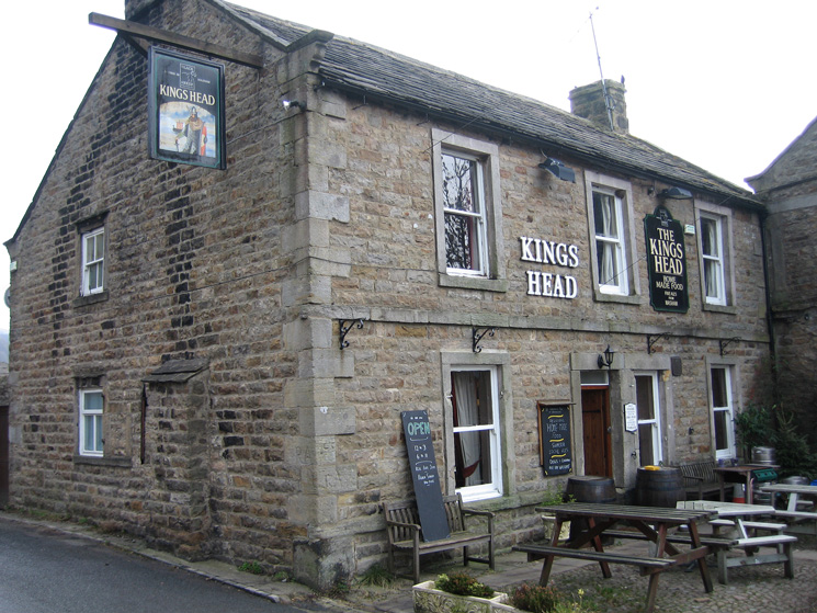 Kings Head, Gunnerside, time for a pint and some soup