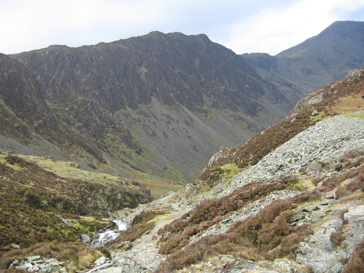 Haystacks from the Dubs Quarry track