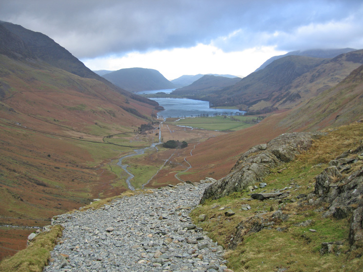 Warnscale Bottom and Buttermere from the Dubs Quarry track