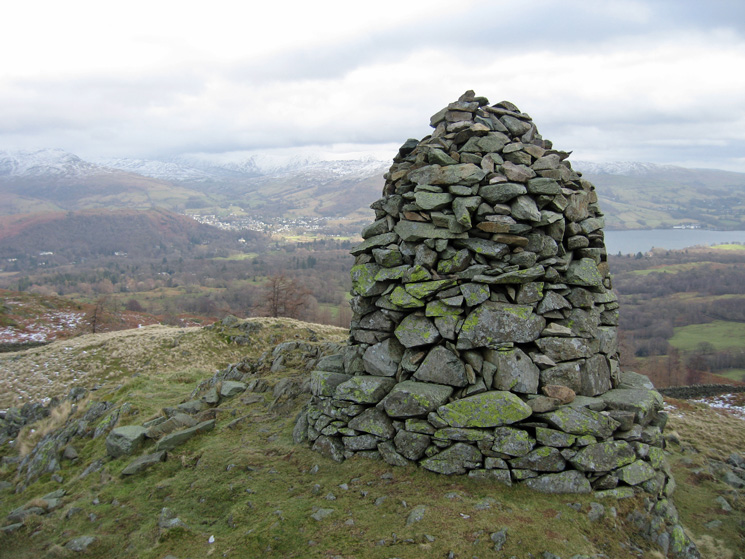 Black Crag's south-east cairn