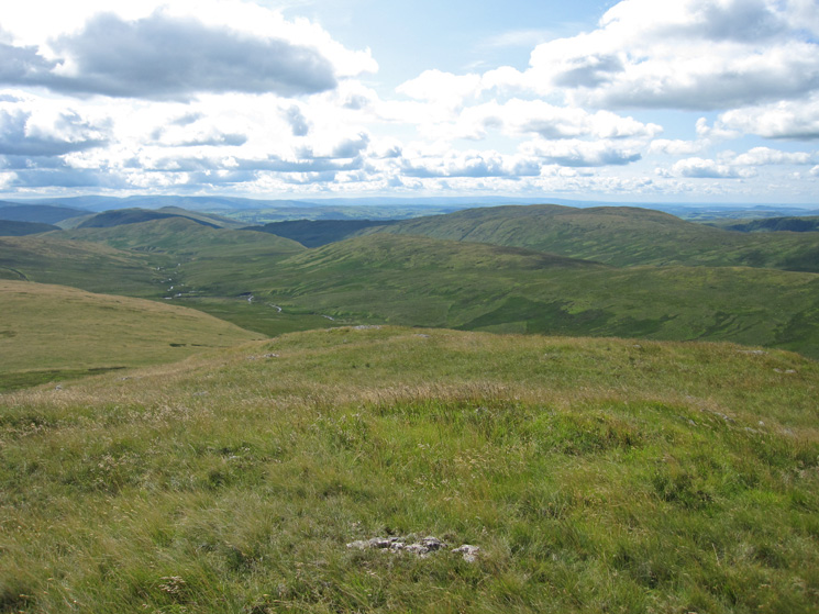 Crookdale from the highest point on Great Yarlside