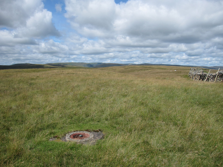 West from Great Yarlside's summit