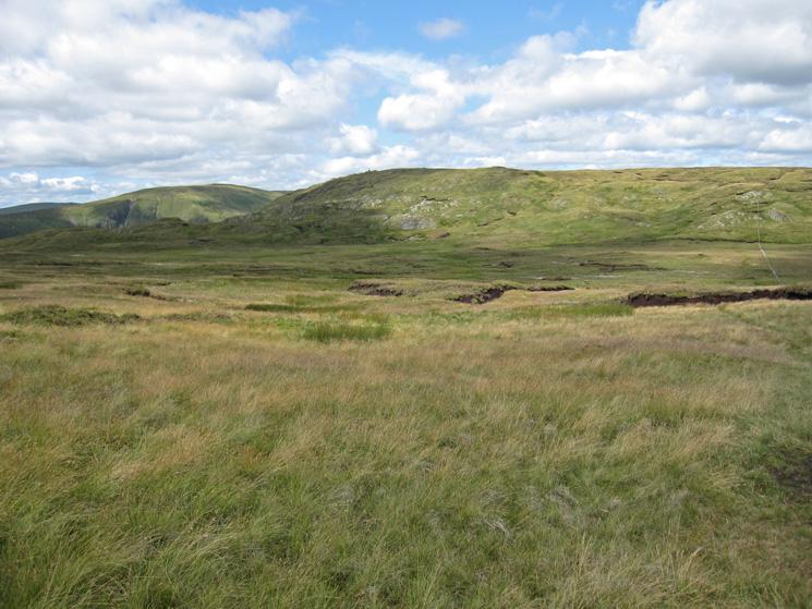 Looking over Greycrag Tarn (no open water) to Tarn Crag