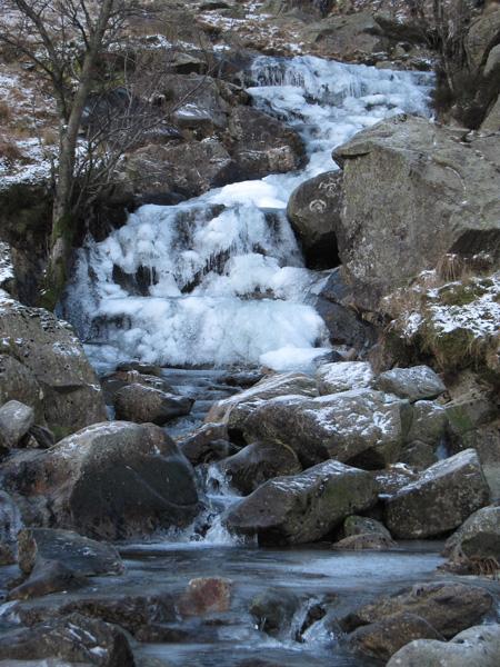 Frozen waterfall, Deepdale