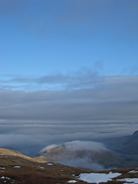 Cloud clinging to Hallin Fell