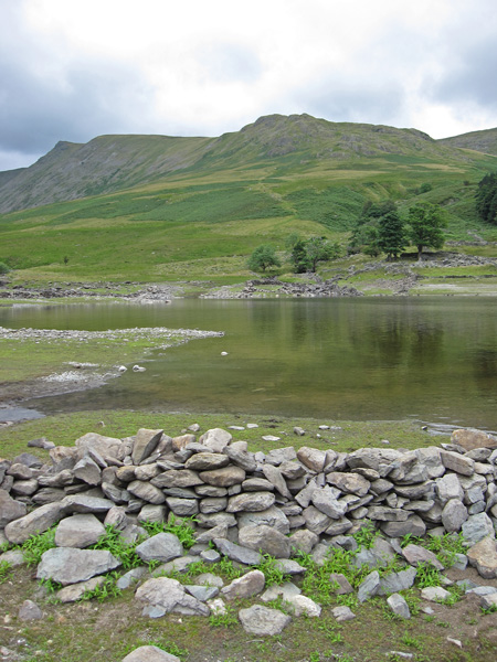 Looking back to Kidsty Pike and Kidsty Howes from the lake shore