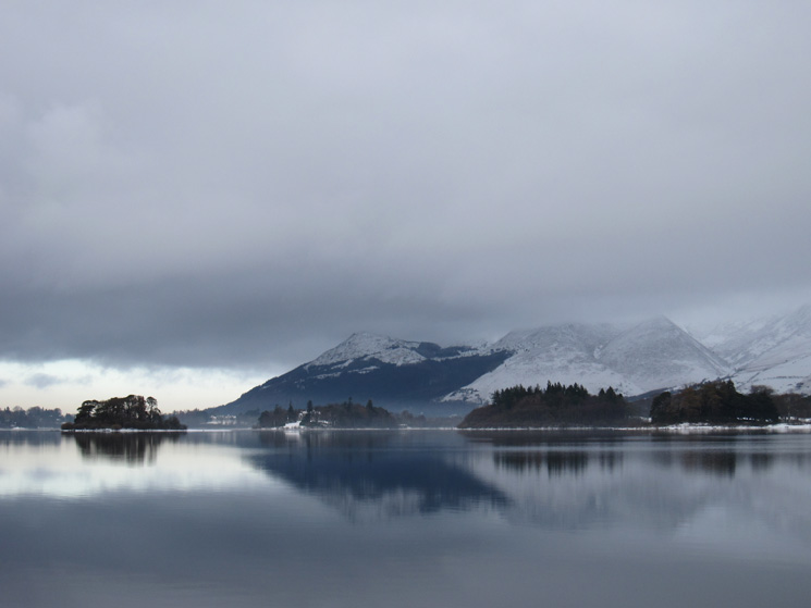 Dodd and Carl Side reflecting in Derwent Water