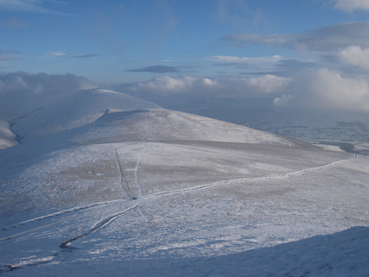 Lonscale Fell with Blencathra behind