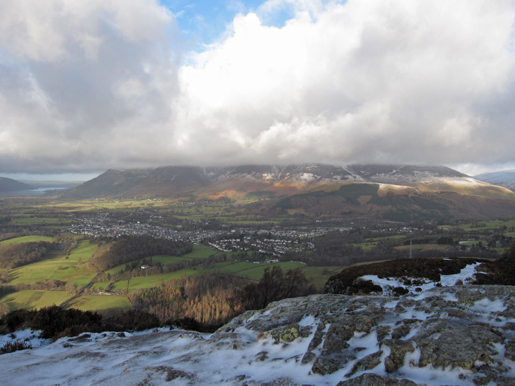 Keswick with the top of the Skiddaw fells in the cloud