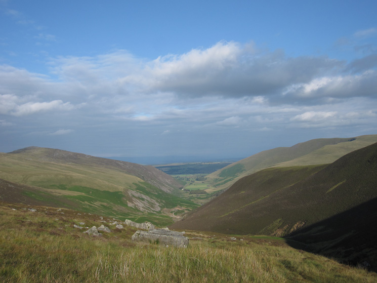 Mosedale with Carrock Fell on the left and Bowscale Fell on the right