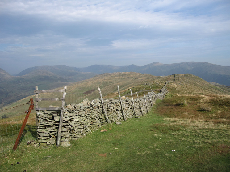 Looking along the ridge to Wansfell from Wansfell Pike