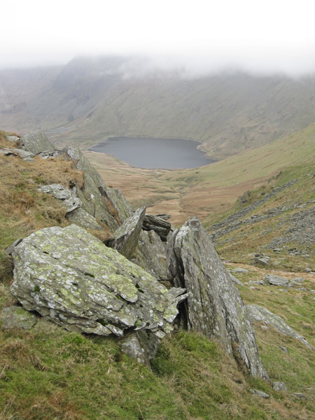 Kentmere Reservoir with the tops of Yoke and Ill Bell in cloud from Nan Bield Pass