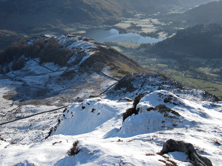 Looking back down the east ridge to Glenridding Dodd