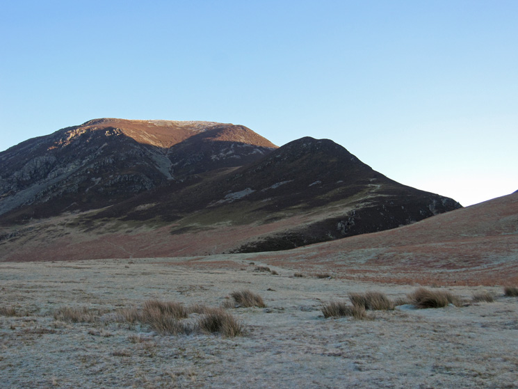 Whiteside and Whin Ben from a frosty Lanthwaite Green