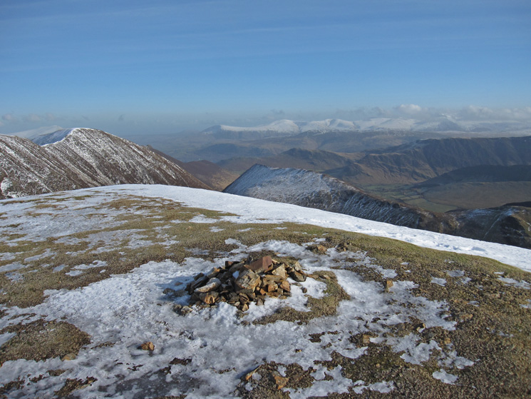 East towards the Helvellyn range from Wandope's summit