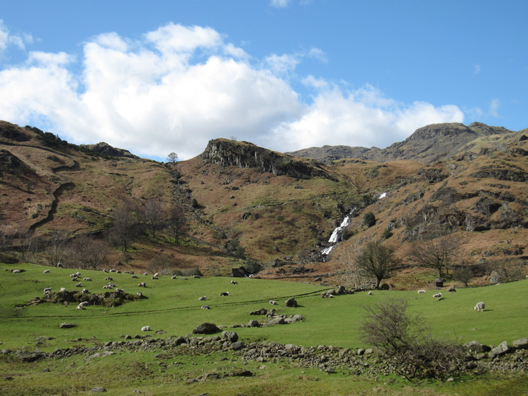 Looking across to Sourmilk Gill
