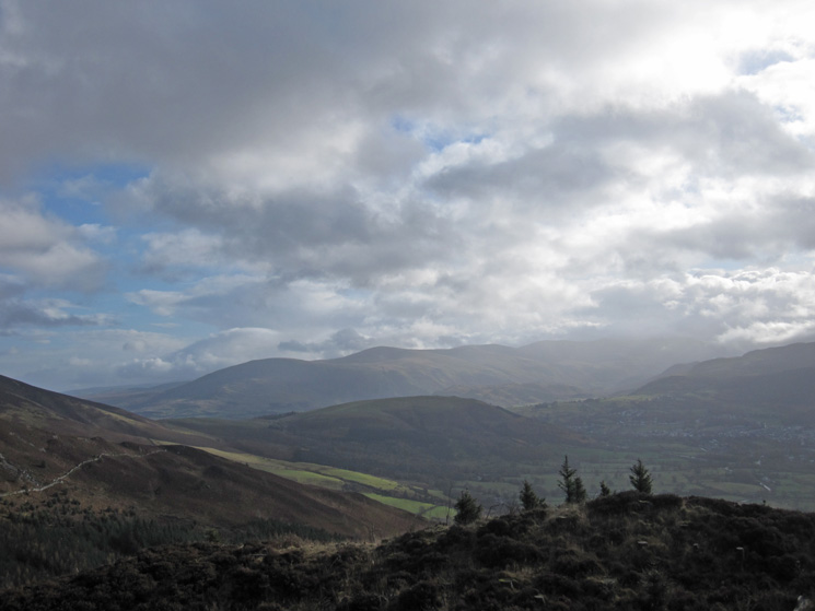 ...and towards to the Helvellyn ridge behind Latrigg