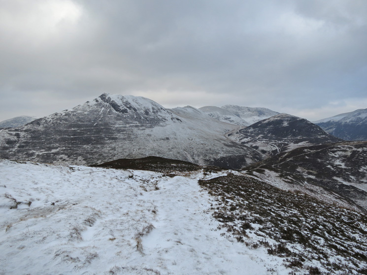 Causey Pike and the ridge to Eel Crag with Outerside on the right