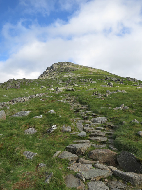 The path up Browncove Crags